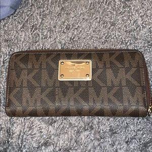 Michael Kors MK logo Wallet